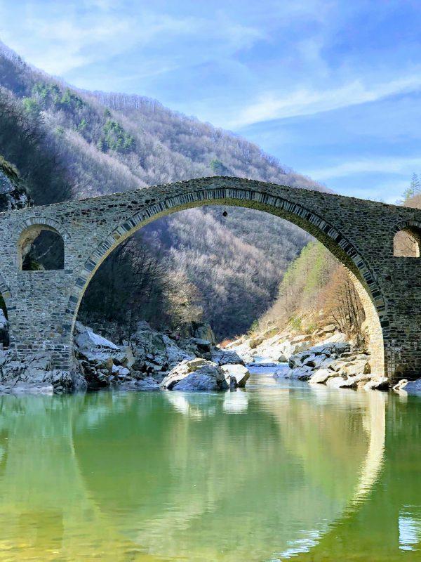 dqvolski most